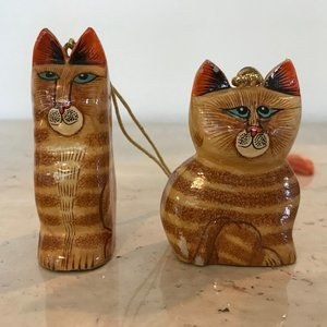 Wooden Majestic Cats Blue Eyes